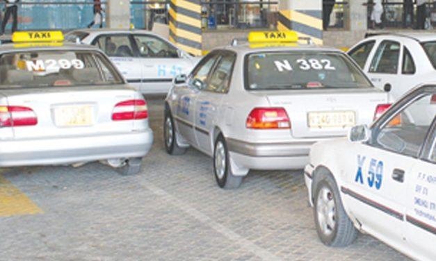 Govt, NTTU clash over taxi fares