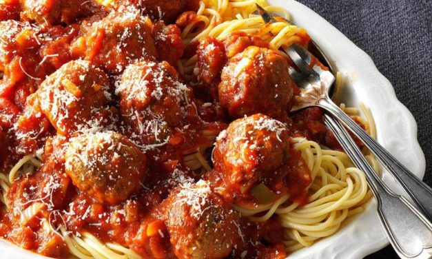 Slow cooker meatballs in tomato sauce