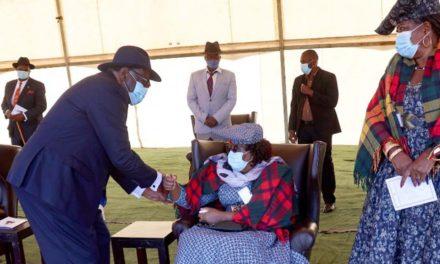 Geingob pays tribute to Ngavirue
