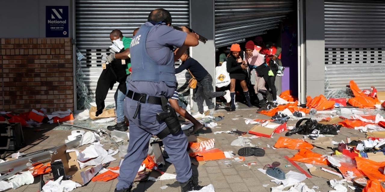 Namibia to suffer if unrest continues in South Africa